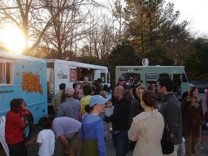 Food trucks in Durham, NC from mobile-cuisine.com